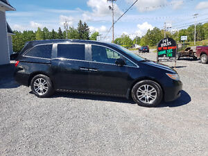 SALE PRICED..2011 Honda Odyssey EX-L WITH RES...FINANCING!!!