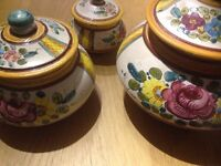 Clay containers with lid