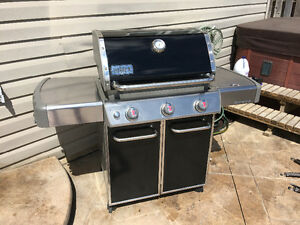 1year old Weber E330. Natural gas