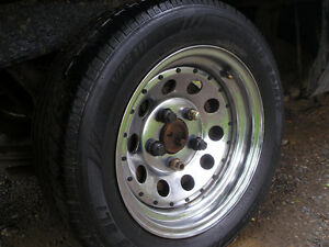 14inch CHROME rims with good rubber