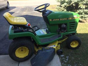Lawnmower John Deere
