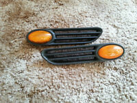 MINI COOPER SIDE LIGHTS FOR 2002- 2008 VERY EASY TO PUT IN