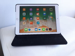 iPad 32GB silver 6th Generation Wifi and Cellular $400