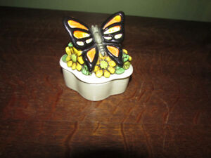 Ceramic pin dish/box with a butterfly on the lid
