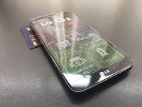 Brand new unlocked sim free LG G2 sealed box with full new accessories