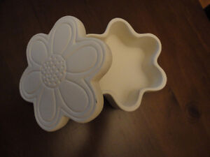 Brand new clay floral shaped trinket keepsake jewelry box