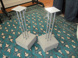2 Small speaker stands with concrete bases - really nice