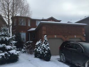 4 Bedroom beautiful  house in Barrie South