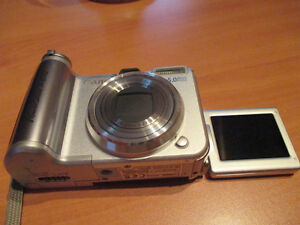 Canon PowerShot camera includes case Kitchener / Waterloo Kitchener Area image 4