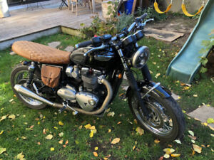 Black Triumph Bonneville New Used Motorcycles For Sale In Canada