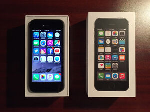iPhone 5s 16gb + Accessories (MINT CONDITION) Koodo/Telus