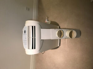 Air conditioner. Excellent condition. Lightly used
