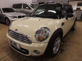 MINI HATCH COOPER D White Manual Diesel, 2011