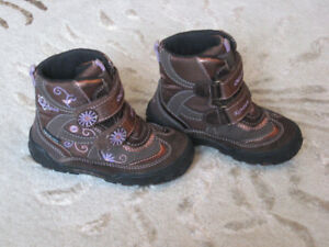 Geox girls boots size 8.5