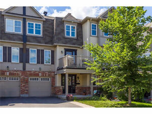 Beautiful Executive Townhouse in Kanata!