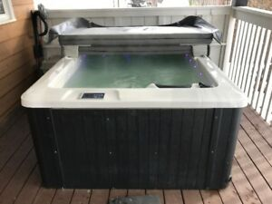 3 Person Hot Tub for sale