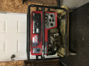 Honda Generator... does not run. Great for parts! First $100!!