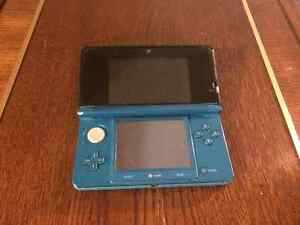 Blue Original 3DS - Used (No Charger)