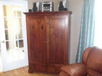 Armoire - meuble de télé
