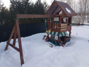 module de jeux / Wooden Swing Set