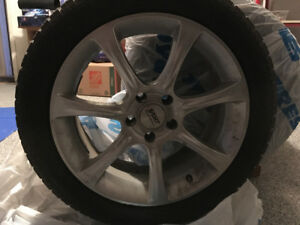 4 Toyo Winter Tires (225/50-18) WITH Wheels - Low mileage