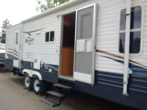 Renting out 29 ft Holiday trailer for the summer!