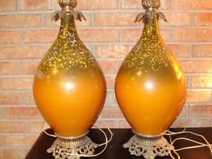TWO VINTAGE 1960'S TABLE LAMPS