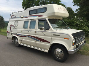 1990 Ford travelaire