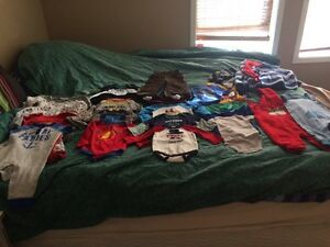 Small lot of  sizes 6months-12 months  boy clothes