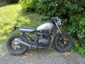 Cafe racer Suzuki GR650 project bike