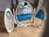 A LARGE VINTAGE TRIPLE DRESSING TABLE MIRROR