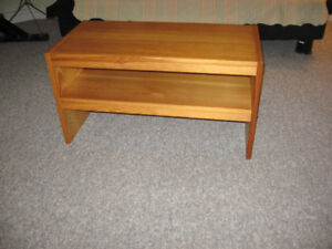 2 Pine tables  in good condition