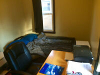 1 Room Available - University Of Windsor House