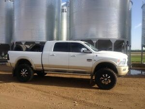Dodge Long Horn Mega Cab 54000kms lift
