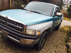 1996 Dodge Ram 1500 Blue Pickup Truck
