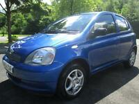 02/52 TOYOTA YARIS 1.0 VVTI COLLECTION 5DR HATCH IN MET BLUE WITH 67,000 MILES