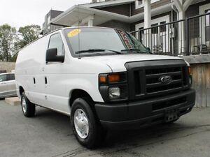 2011 Ford E-250 / 4.6L V8 / Auto / RWD **Tradesman Special**