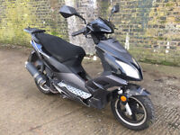 2014 Direct Bike 125cc learner legal 125 cc scooter with MOT.