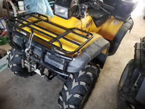 Parting out 2000 honda 450es foreman.
