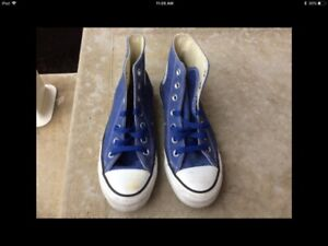 Converse Blue Womens 6/ Men 4