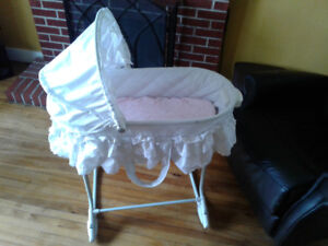 For Sale: 2nd Hand Baby Bassinet (2 piece)