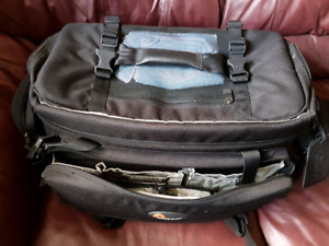Lowepro Commercial AW Bag  with free MX 400 Bag