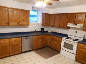 Graham Ave - apartment available May 1st, 2019