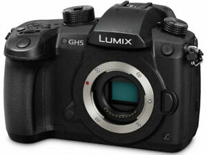 Like New - Panasonic Lumix GH5 (bonus: 2 x 64GB Sandisk Extreme)
