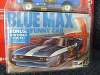 1971 MUSTANG BLUE MAX FUNNY CAR JOHNNY LIGHTNING