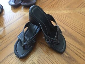 Women's size 7 shoes Regina Regina Area image 4