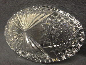 Collectible Antique Crystal Oval Candy Dish London Ontario image 5