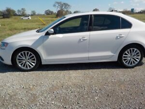 2012 VW JETTA 2.5L 5 CYL GAS MANUAL 110.00KM $10,800 CERT.