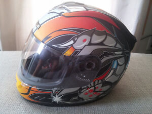 Casque moto Icon Helmets Mainframe Scorpion Size M Top shape