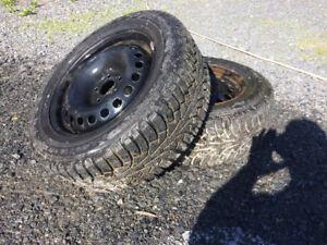 2 pneus 215/60R16